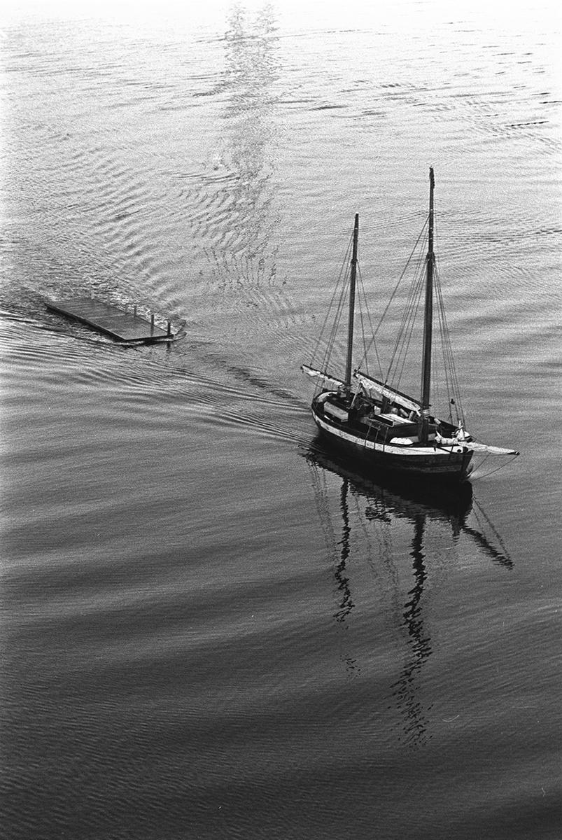 Båt i Tjeldsundet.