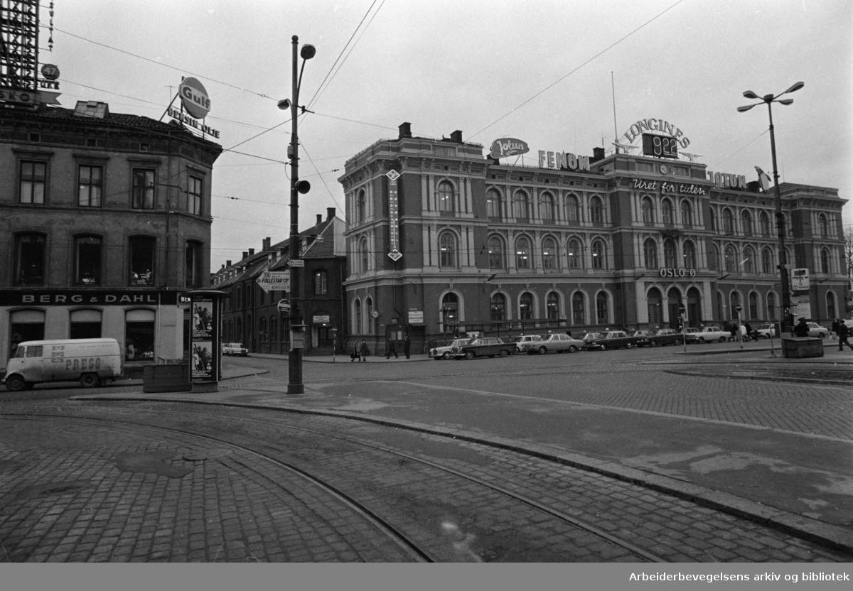 Jernbanetorget. Desember 1968