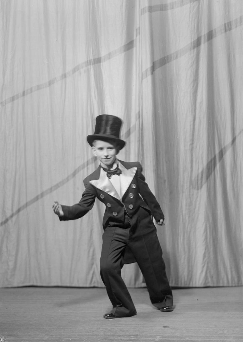 Revy i Hjorten Tivoli 1938