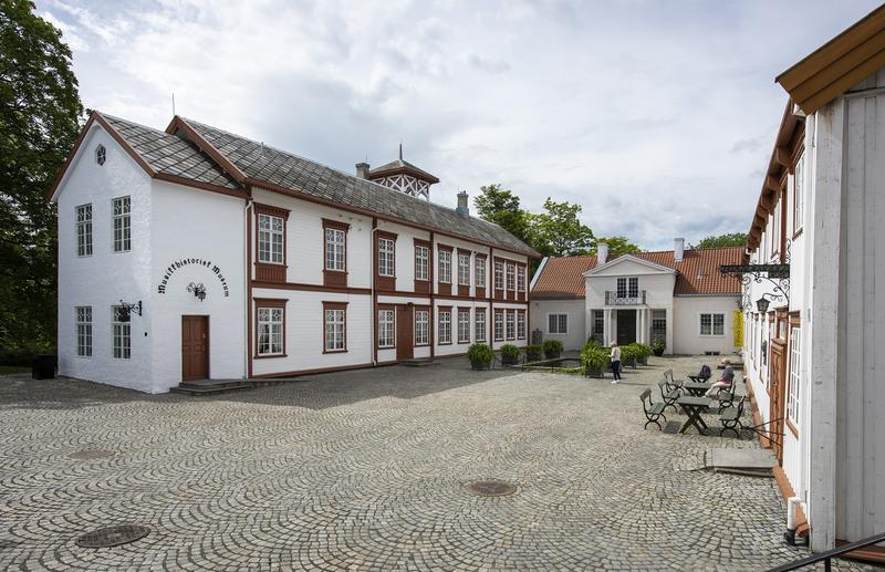 DSC7243_Hovedbygningen_Foto_Erik_Brseth_web.jpg. Foto/Photo
