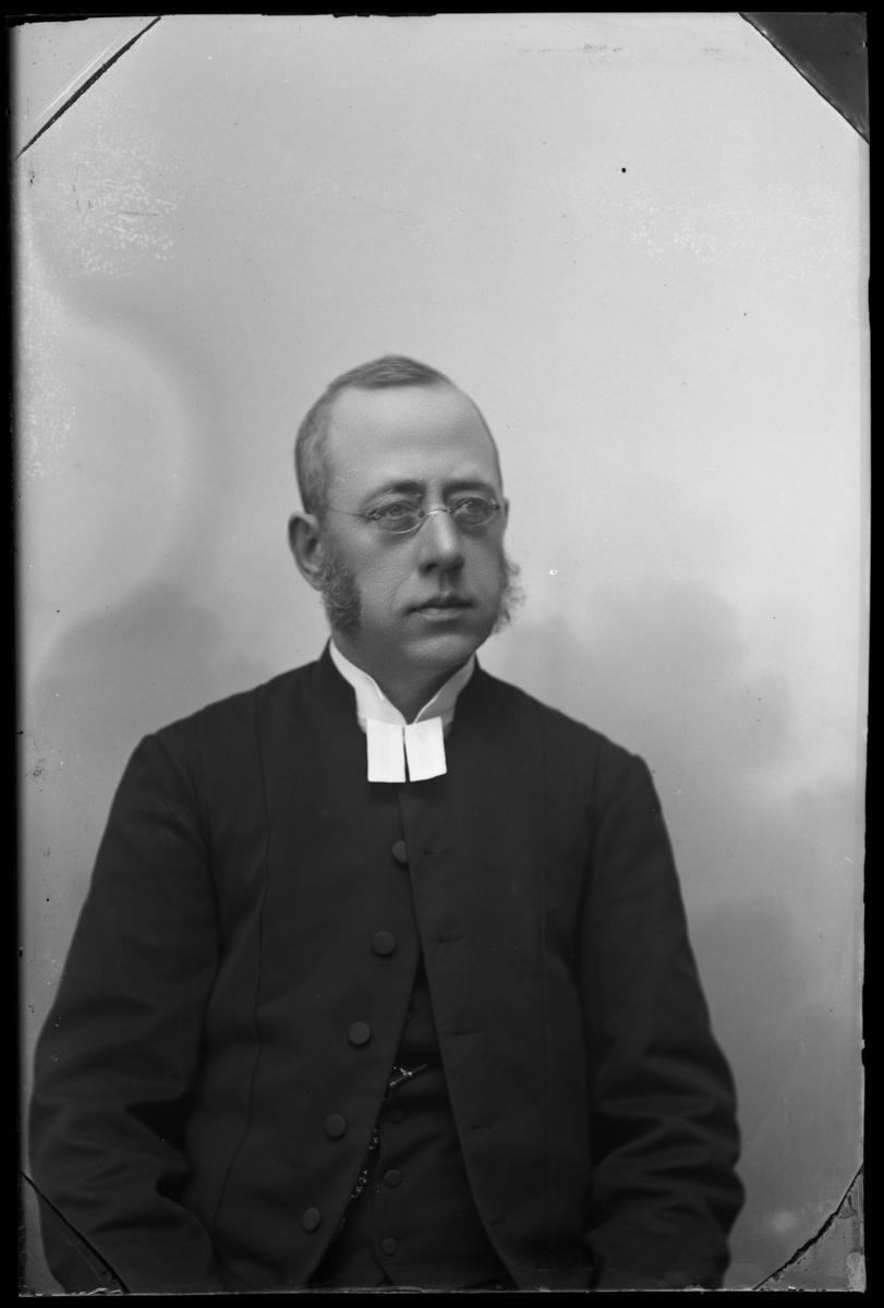 Kyrkoherde Albert Wilhelm Forsberg