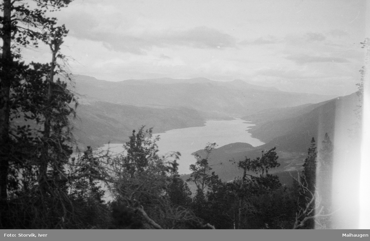 Utsikt mot Vågåvatnet.