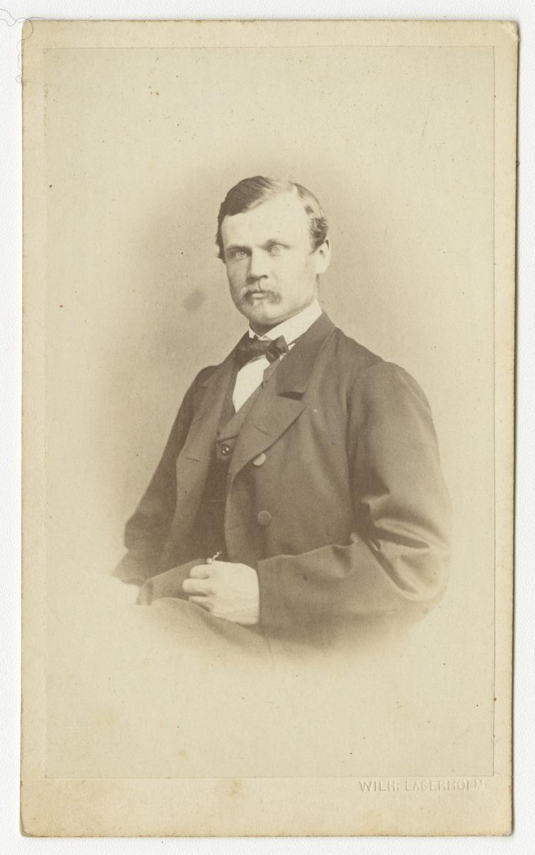 Porträtt av Wilhelm Adolf Gripenberg, officer vid Närkes regemente I 21.