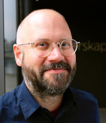 André Larsen Avelin