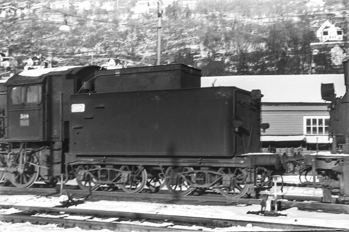 Utrangert damplokomotiv type 39a nr. 309 på Bergen stasjon