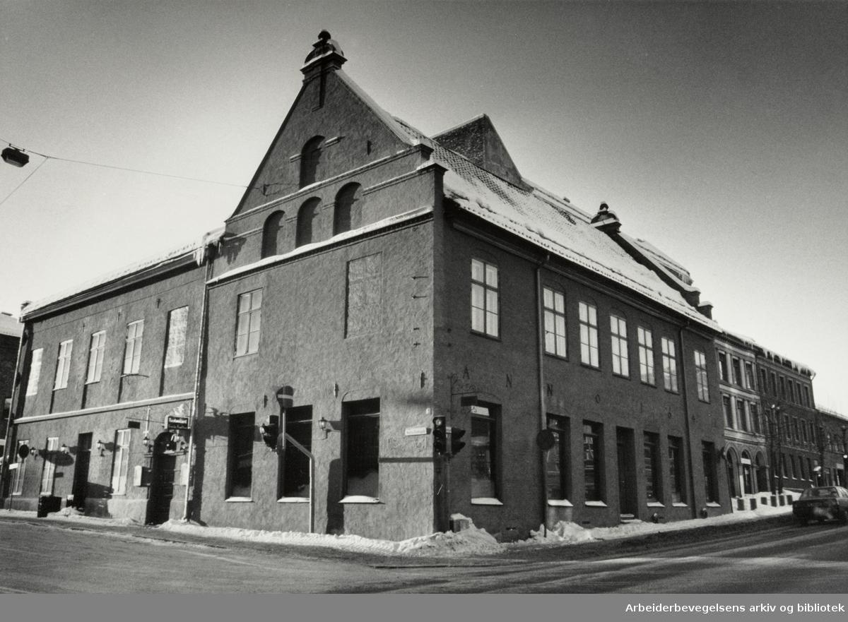 Det gamle Rådhus. Christiania og Oslos første rådhus. Rådhusgaden 7. Januar 1987