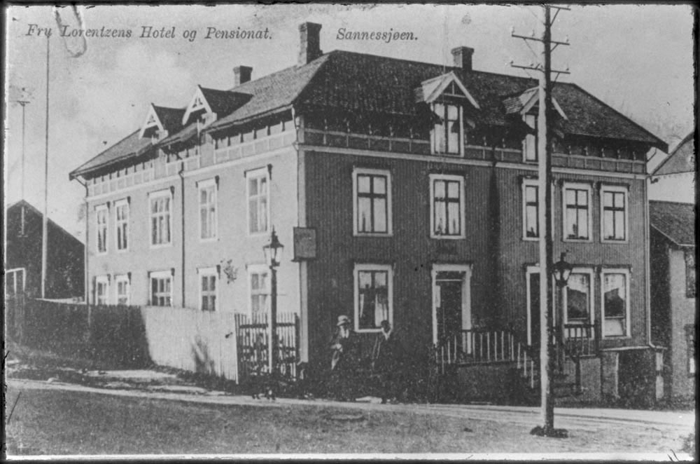 info for aebda 94de6 Fru Lorentzens Hotel og Pensjonat, Sandnessjøen, Postkort, repro