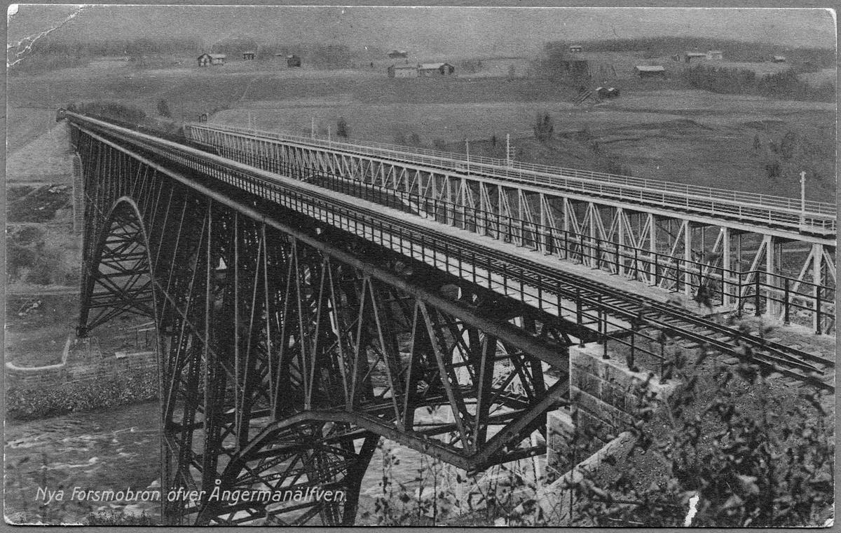 Forsmo bro över Ångemanälven på linjen mellan Forsmo och Selsjön.