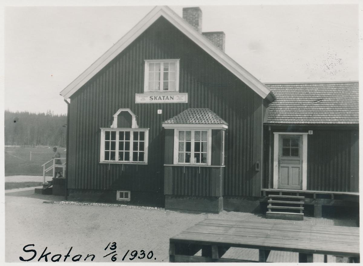 Skatans stationshus