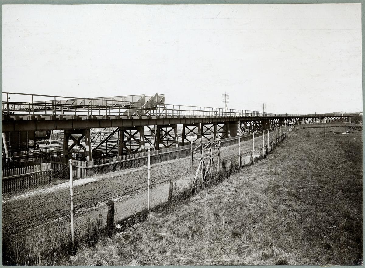 Järnvägsviadukten vid Helsingborg F, (färjestationen)