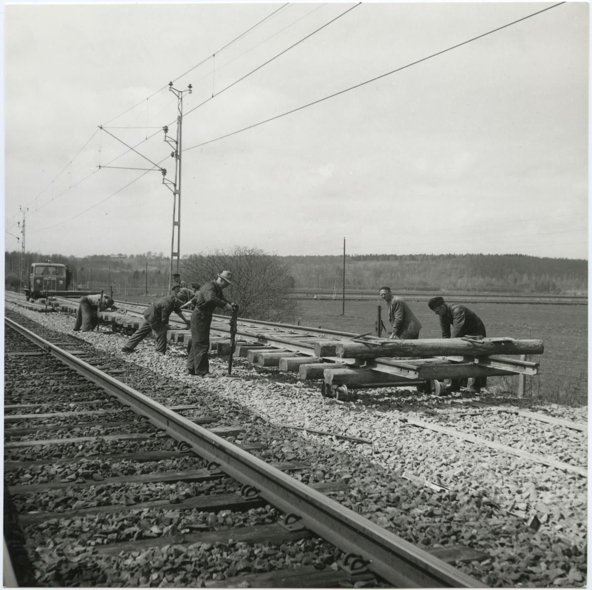 Banläggning för dubbelspår, på sträckan Tranås - Gripenberg.