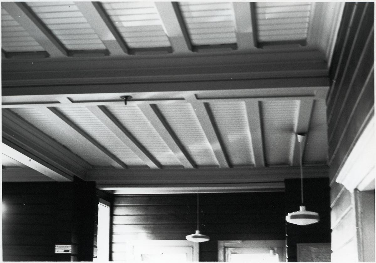 Taket i väntsalen på Bodens station.