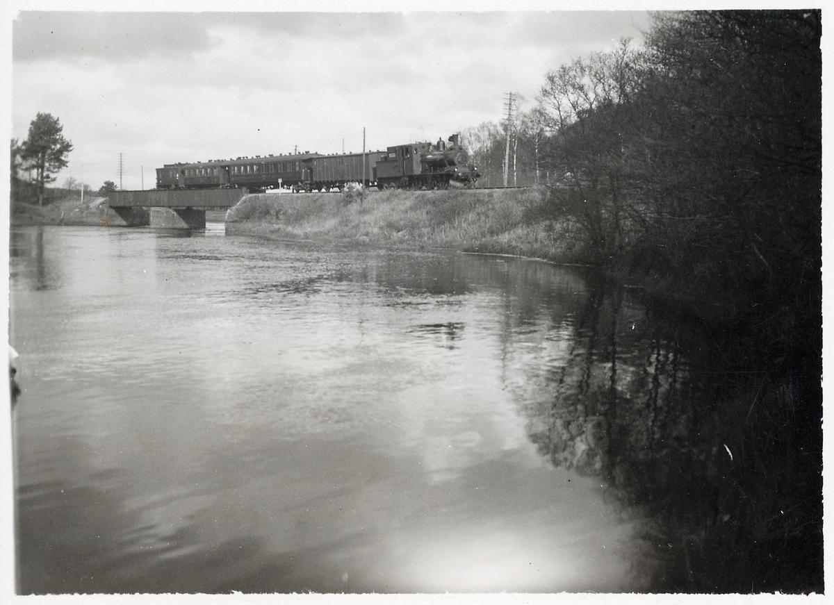 Järnvägsbro vid Nissan.