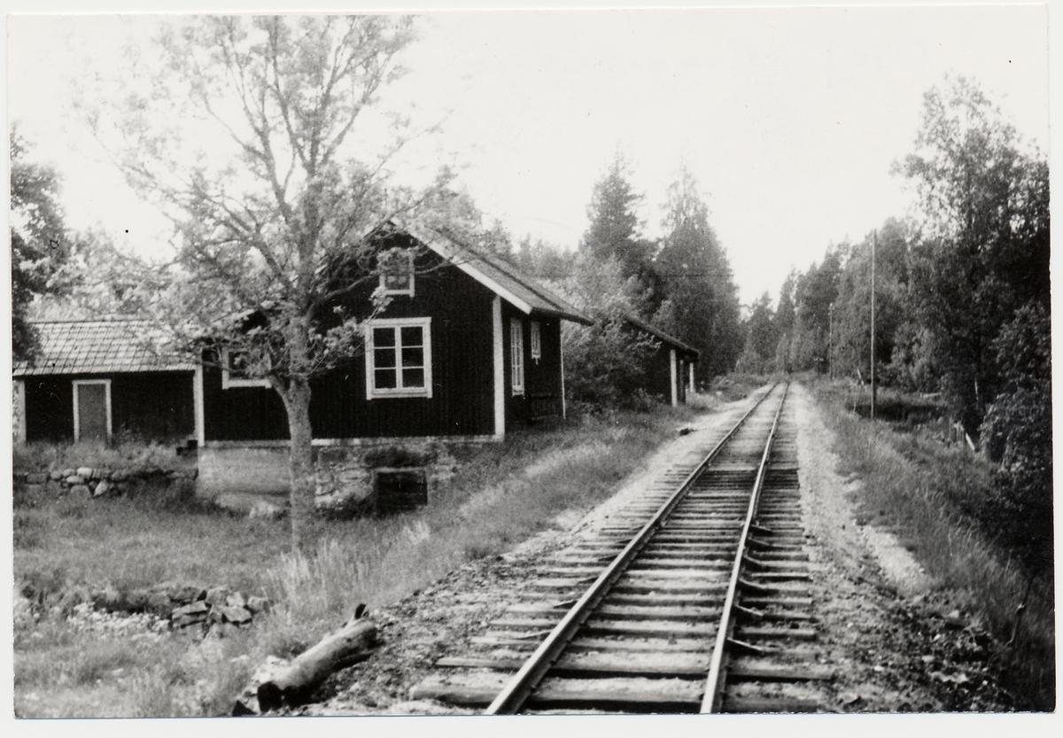 Banvaktstuga nr 9, på linjen mellan Gimo- Harg DHJ, Dannemora - Hargs Järnväg.
