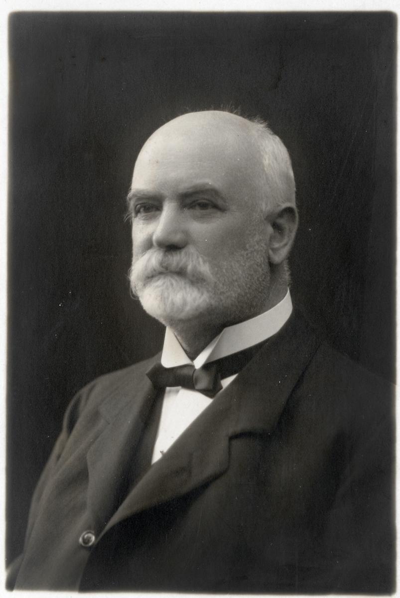 Gustav A. Käller.