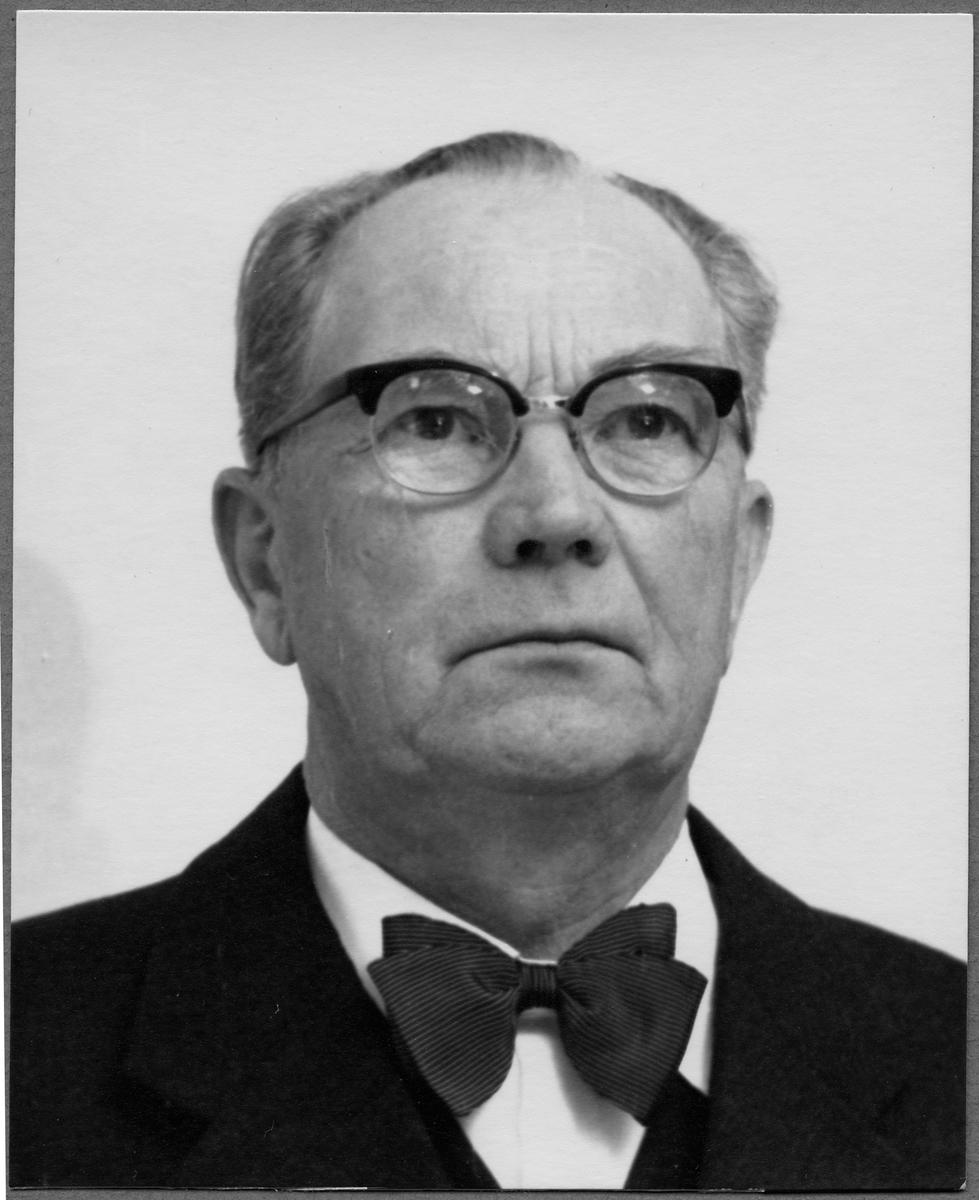 Stationsmästare G. Åhsberg.