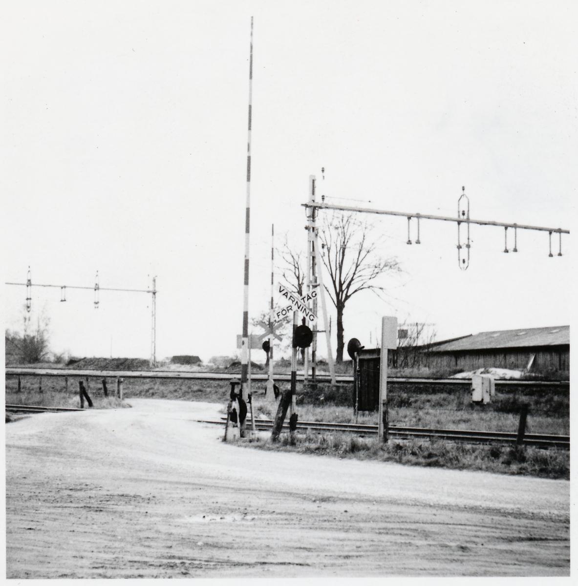 Järnvägsövergång vid Rundelsgatan i Eslöv, på sträckan mellan Klippan och Billinge.