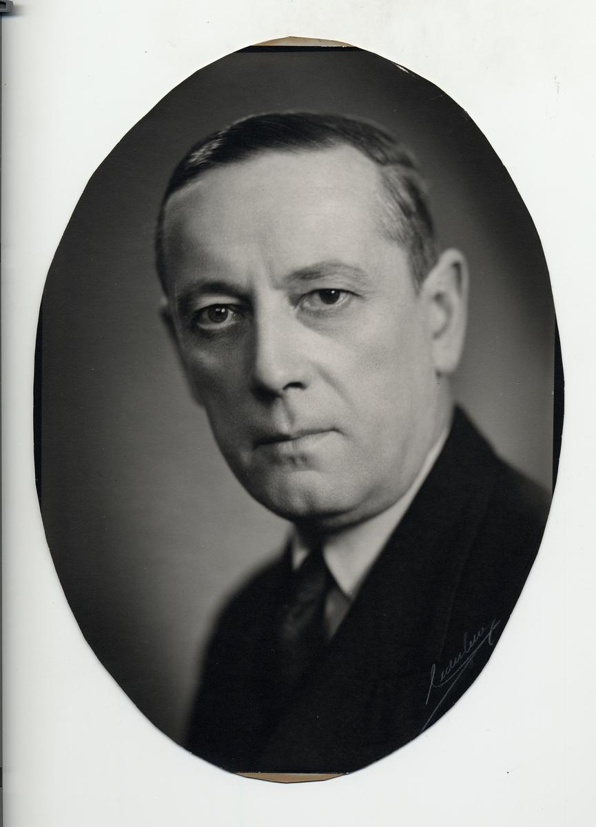 K. H. Frisell Byråchef Järnvägsstyrelsen 1/1 1946 - 14/9 1955