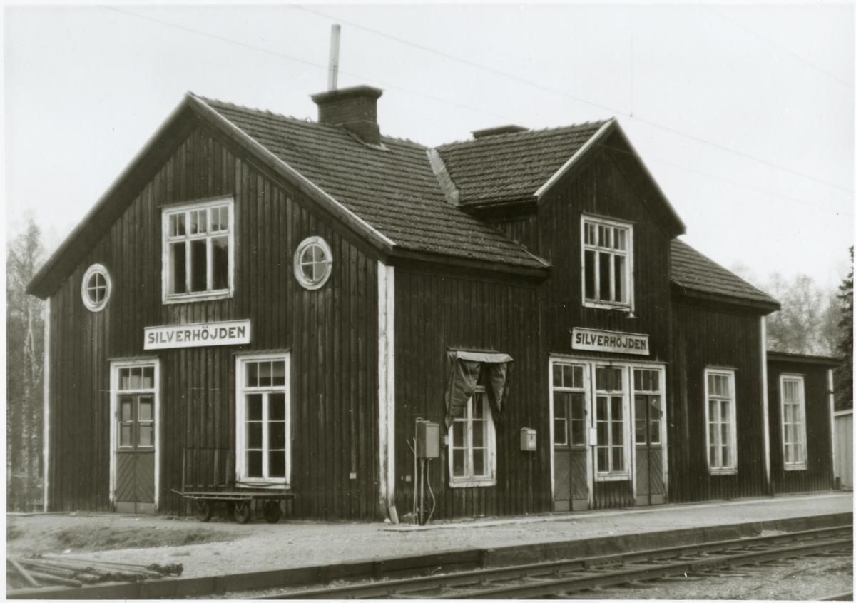 Silverhöjden stationshus.