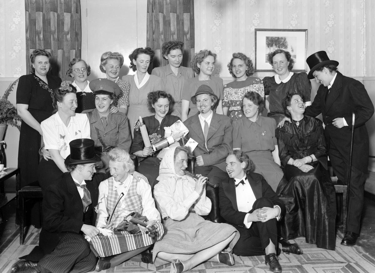 Möskiva, Savoy. Länsstyrelsen. Foto maj 1945.