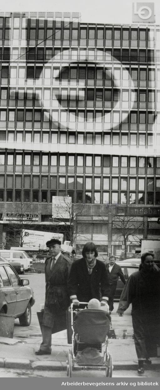 Folkets Hus. April 1989