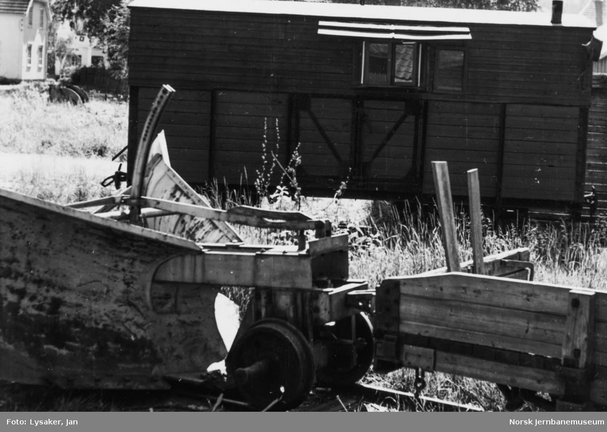 Snøryddingsmateriell på Aurskog-Hølandbanen