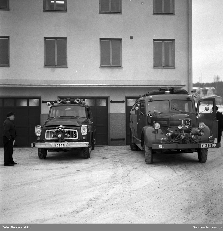 Brandkåren i Skönsberg flyttar med bilar och material till Sundsvall.