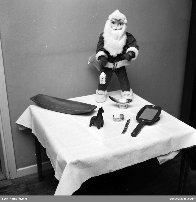 Personalen har pyntat och dukat upp för julfirande på Sidsjöns sjukhus.