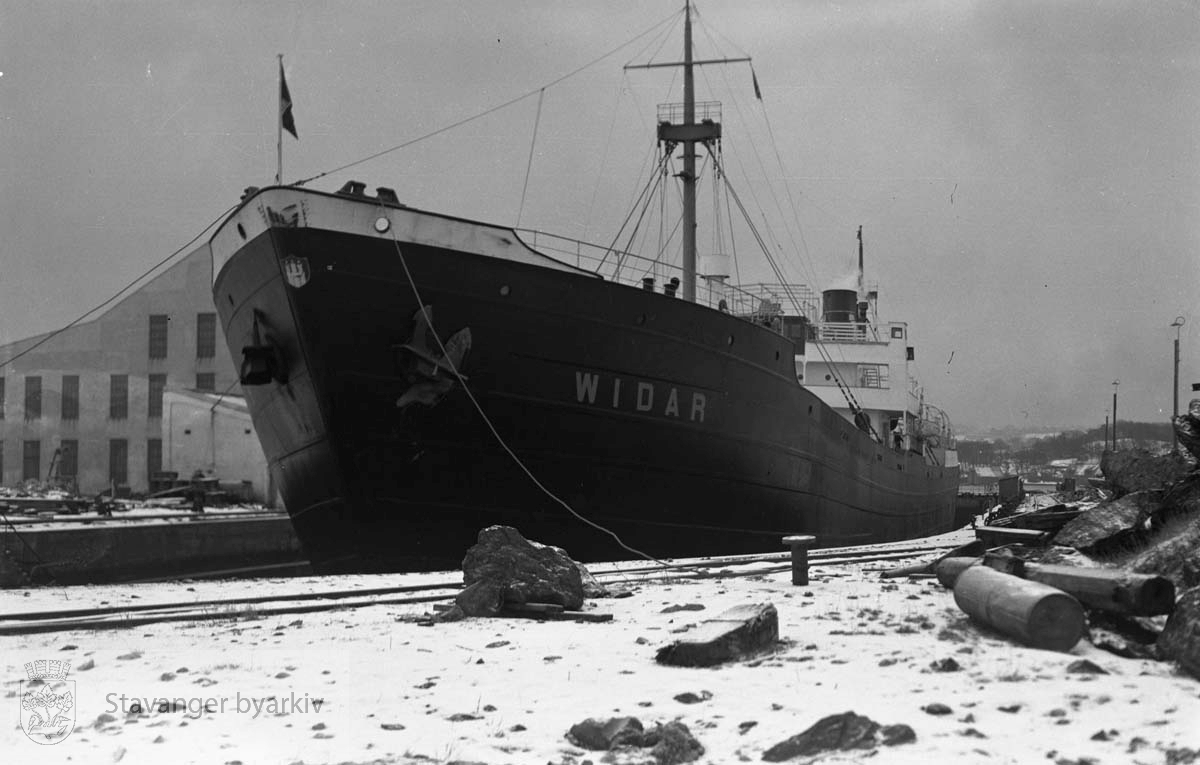 Båten Widar (Vidar?) i dokk ved Rosenberg verft