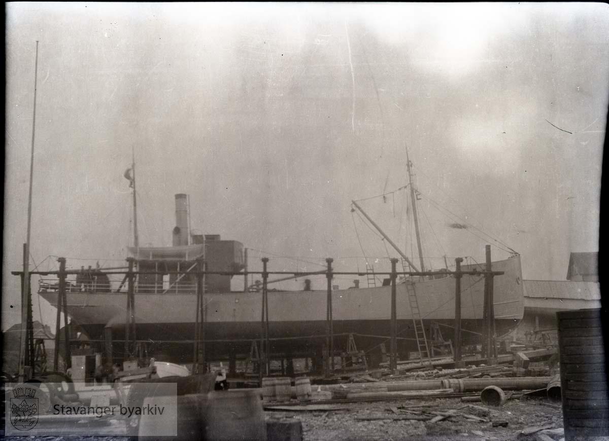 Skip under bygging ved Rosenberg Mekaniske Verksted