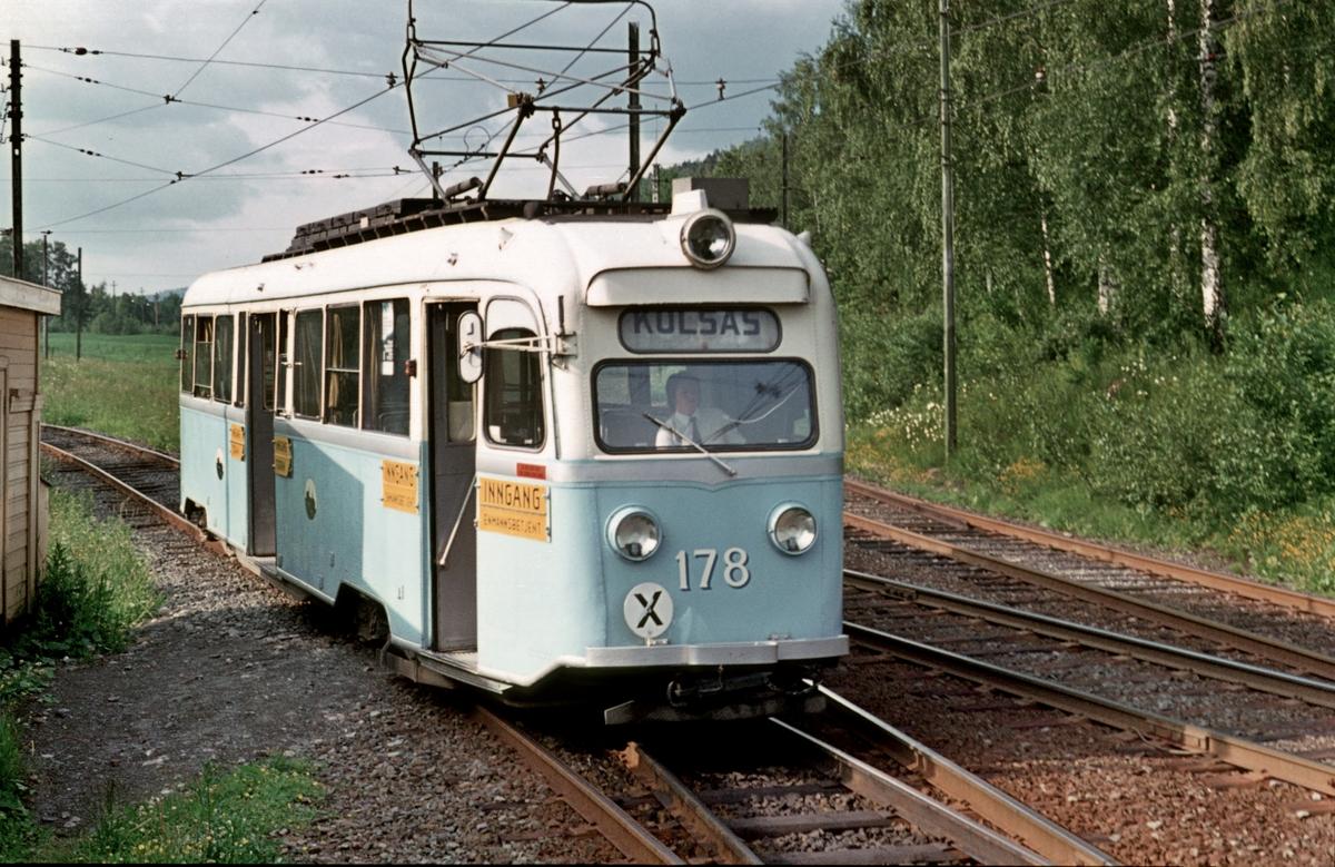 Oslo Sporveier. Bærumsbanen, Kolsåsbanen. Gullfisk E178 på Kolsås.