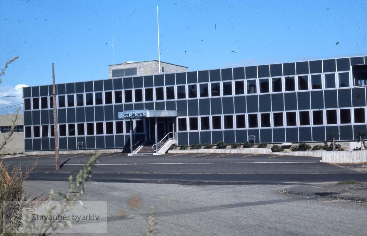Cementen sitt kontorbygg