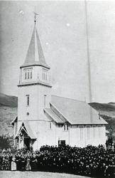 Gruppe, Gol kyrkje ved viksligen av kyrkja 1882.