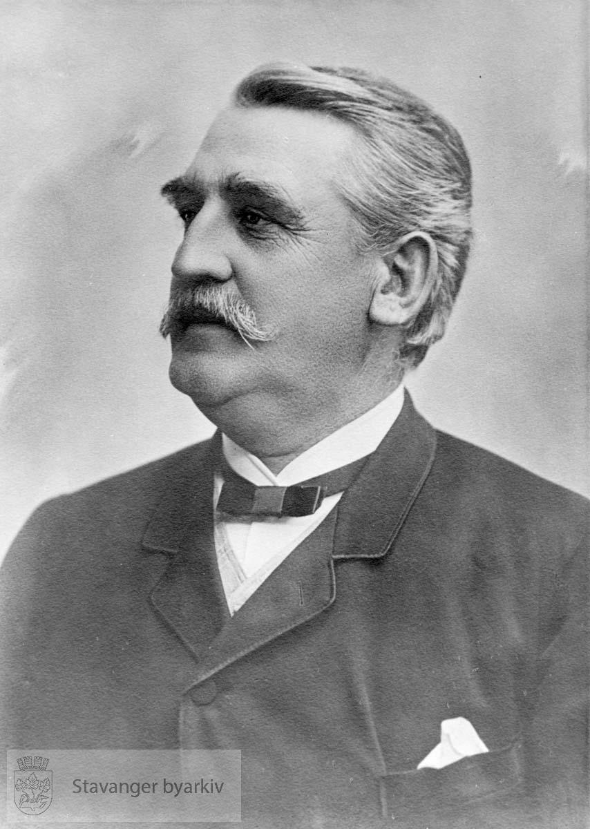 Stadsingeniør H. Lange var brannsjef fra 27.11.1884 - 15.05.1900