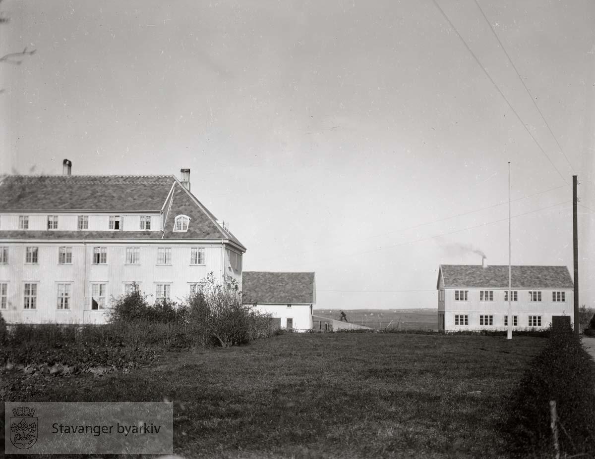 Kinamisjonens ungdomsskole, Nærbø