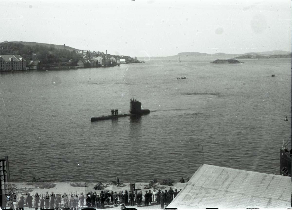 Tatt kort tid etter frigjøringen fra okkupasjonen , .2. verdenskrig. Fredsdagene 1945..Ryfylkekaien..