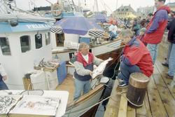 Oslo: Havna. Diverse stemningsbilder. Fiskeskipper Jan Johan