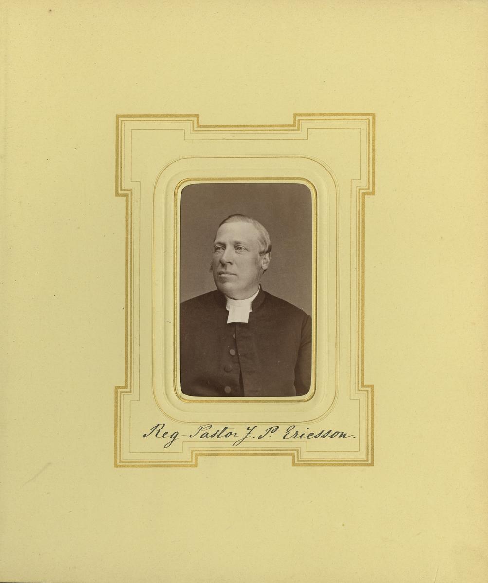 Porträtt av Johan Peter Vilhelm Ericsson, regementspastor vid Smålands grenadjärbataljon.