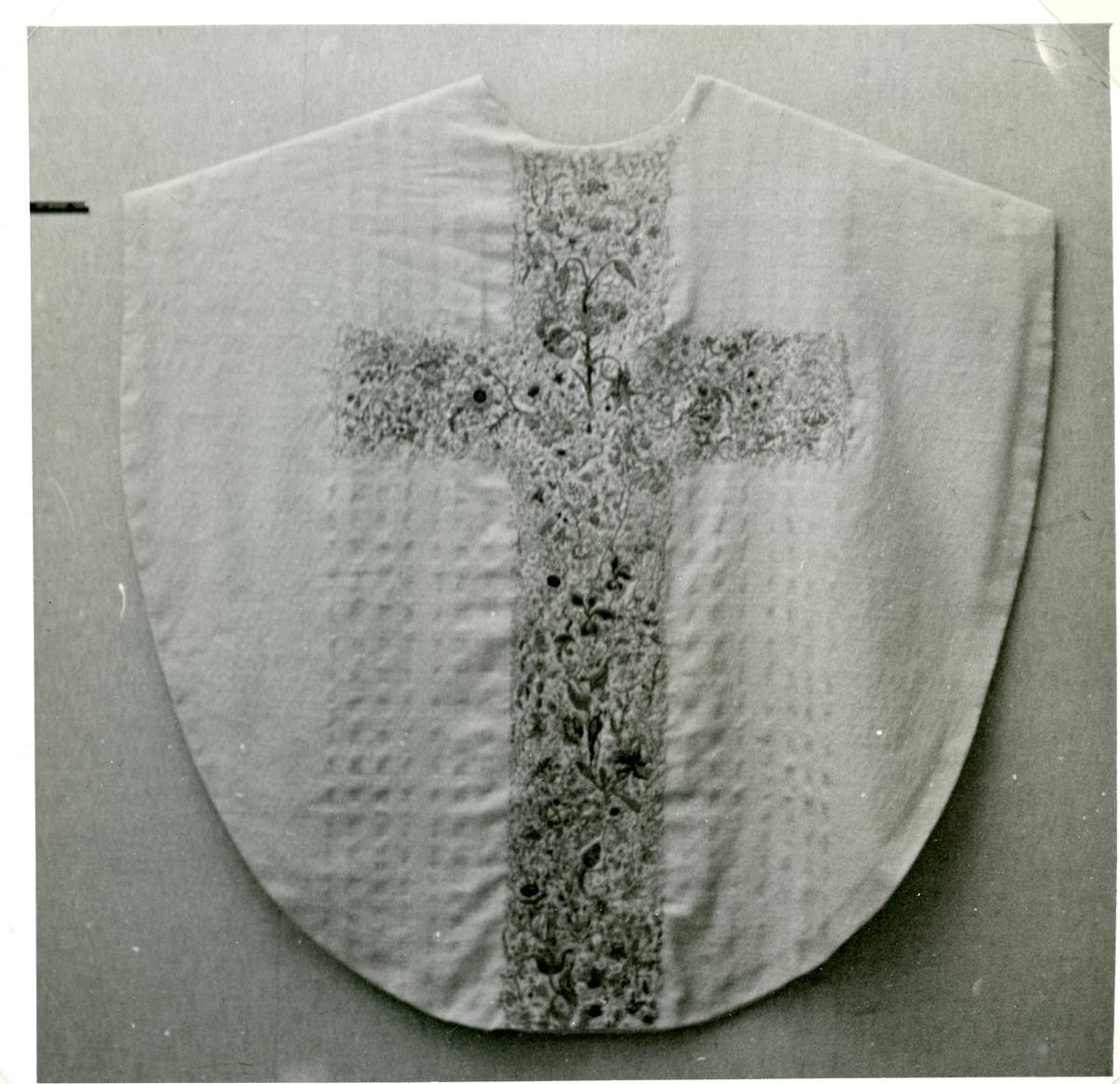 Kung Karl sn, Kungsör. Mässhake, Kung Karls kyrka, 1963.