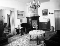Interiörer från byggmästare Bäckströms hem vid Södra Tjärnga