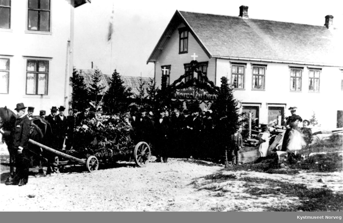 Søren Hovdes begravelsesfølge på Rørvik