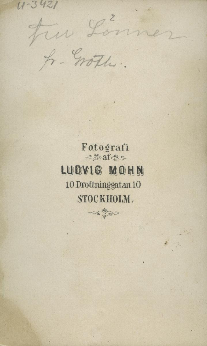 Fru Matilda Lönner f. Groth.