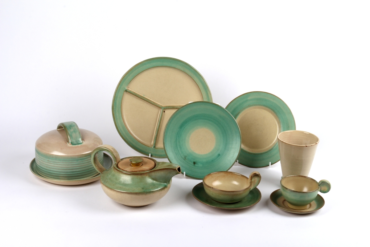 Dekketøy fra Ganns keramikk bestående av