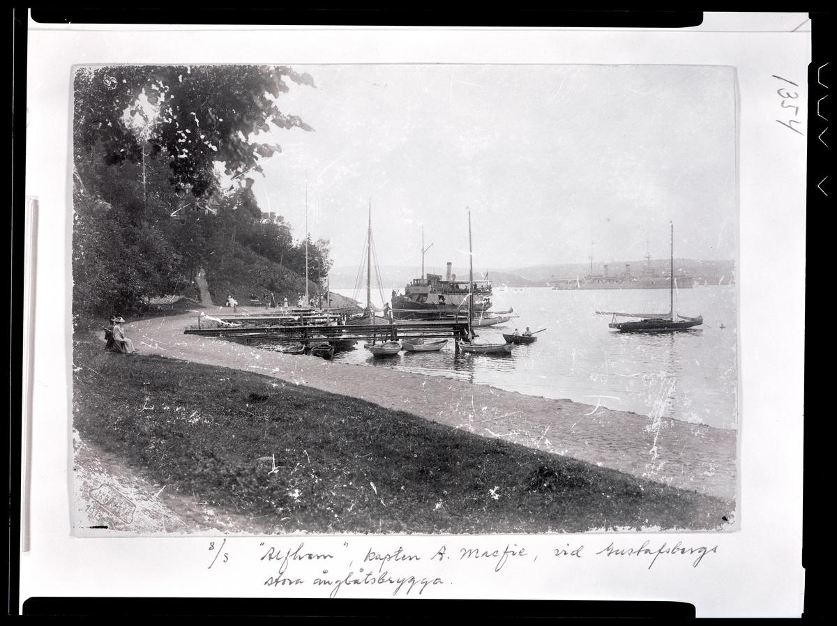 S/S ALFHEM vid Gustafsbergs ångbåtsbrygga 1913.