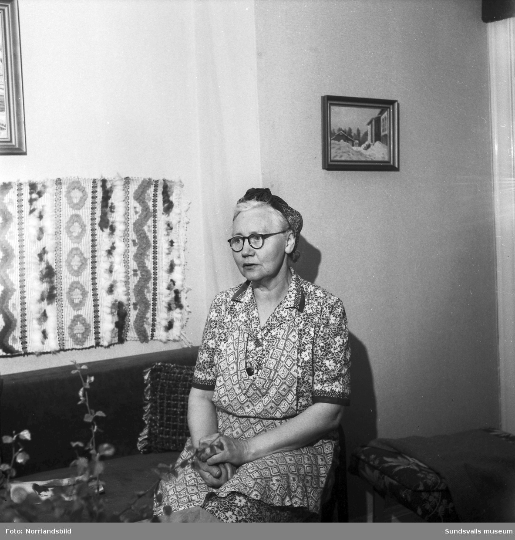 """Jenny Björk (född Lind) i Söderala, Gösta """"Snoddas"""" Nordgrens mor."""