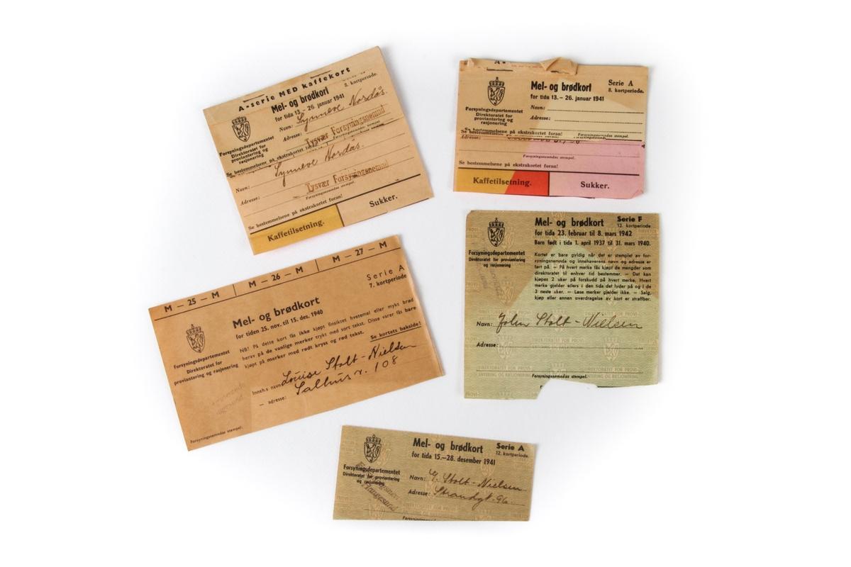 Mel- og brødkort fra 1940 til 1942.