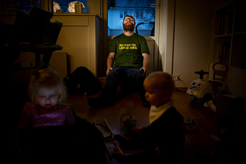 André Løyning ikledd Tønes-skjorte. Foto: selvportrett.