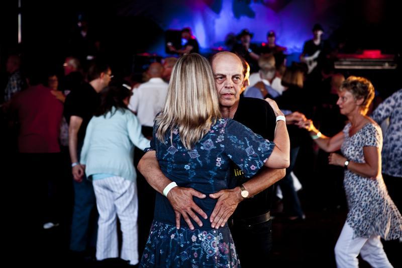 Dancing couple, Sunne 2011 (Foto/Photo)