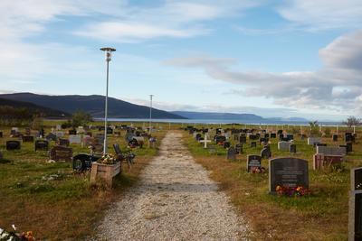 Kistrand kirkegård.
