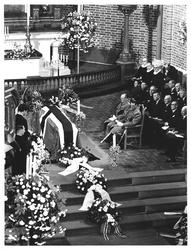 C. J. Hambros begr. i Tref. kirken. Oslo